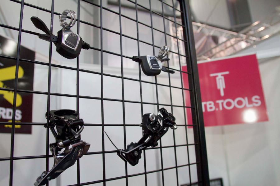 Střípky For Bikes 2015 - Microshift jako alternativa k Shimanu