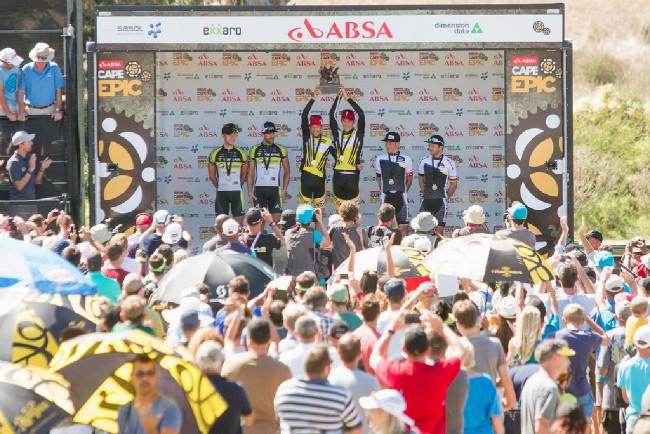 Po druhé společně dokazázali vyhrát Cape Epic