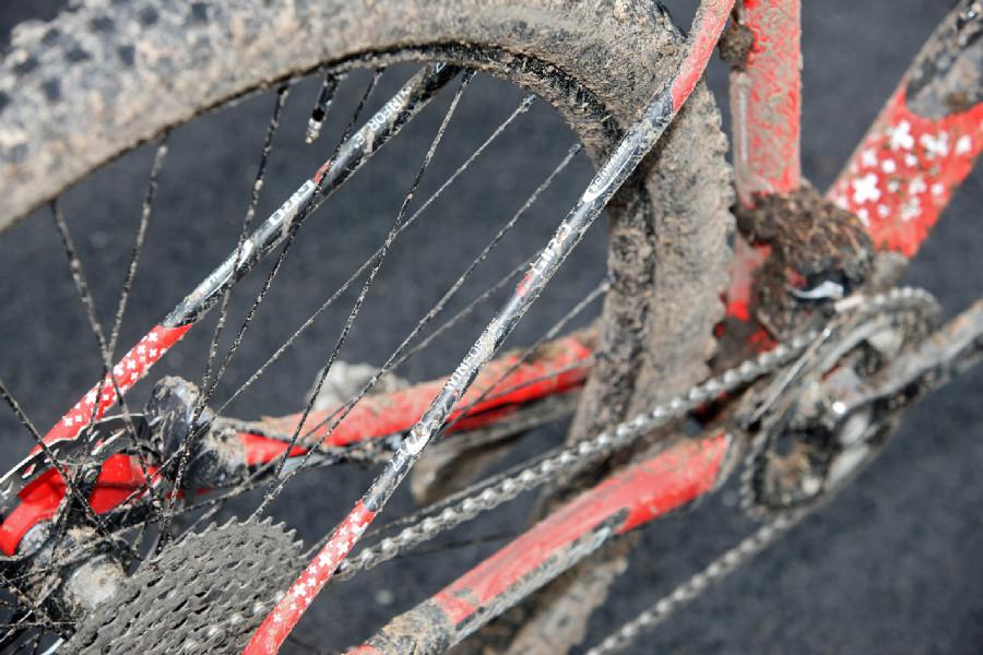 Stockli Beryll RSC Jolandy Neff - subtilní vzpěry zadní stavby