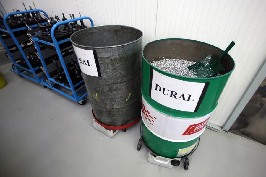 Na návštěvě v Goldfren - třídění hliníkového odpadu je nedílnou součástí výroby