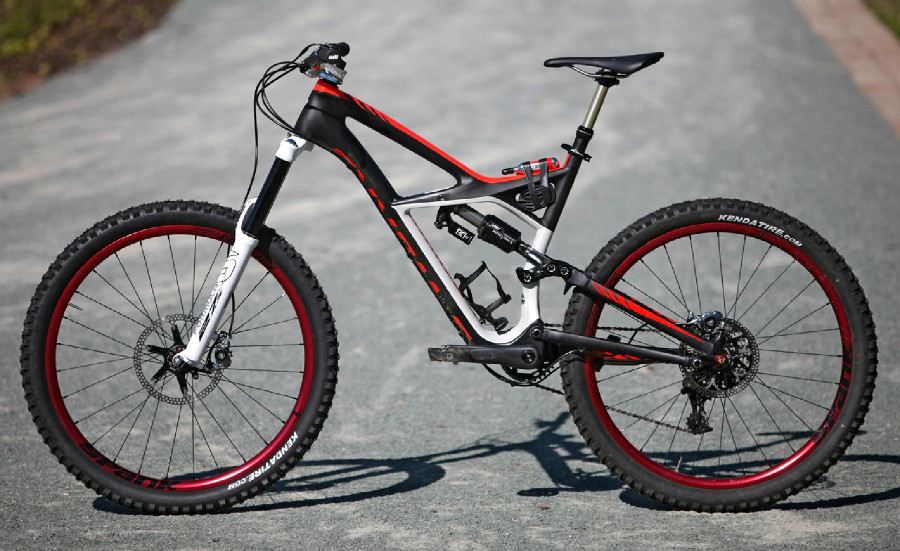 Specialized Enduro 650B Michala Prokopa