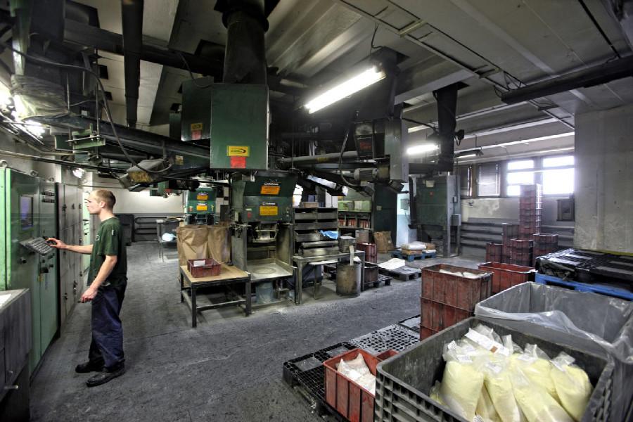 Na návštěvě v Rubeně - automatické navažování chemikálií a komponentů