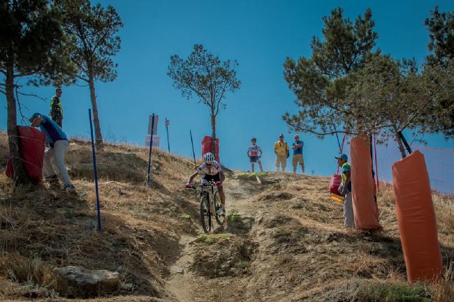 Portugalec David Joao Rosa zdolává nejtěžší úsek