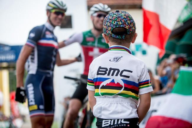 Mistrovství Evropy XCO 2015, Alpago - BMC tým hezky pohromadě....