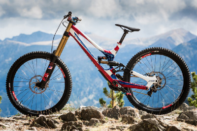 Specialized S-Works Demo 8 Aarona Gwina