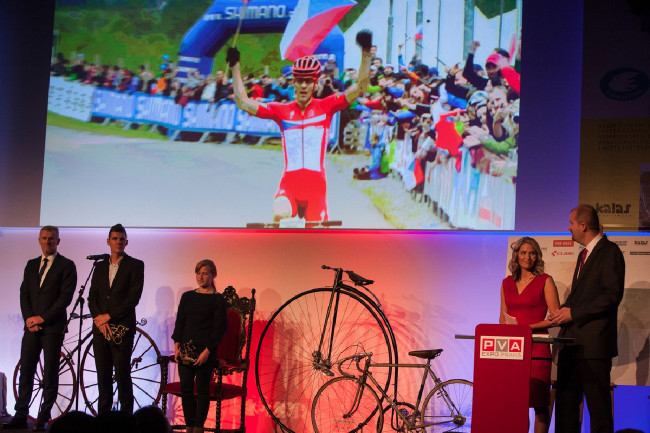 Král cyklistiky 2015 - Jaroslav Kulhavý a trialistka Marie Křivová