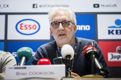 Šéf UCI Brian Cookson