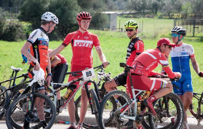 Sunshine Cup #1 - čeští bikeři