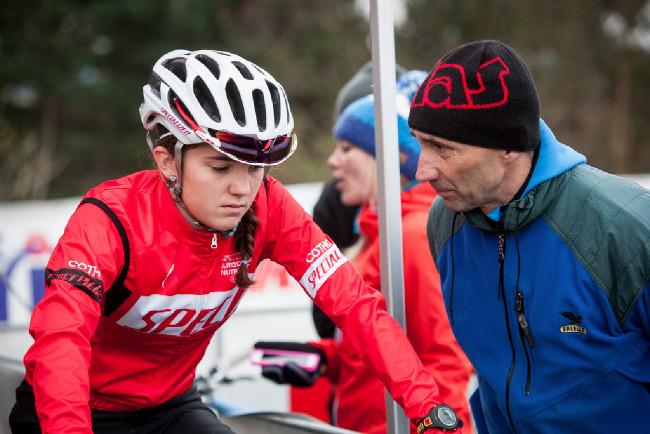 Dobrá rada nad zlato :-) Adéla Šafářová s tatínkem