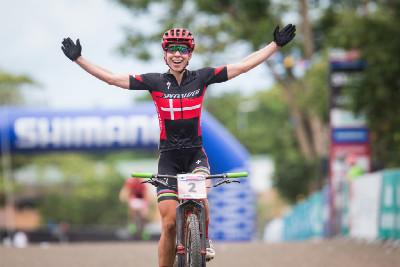 Annika Langvad vítězí