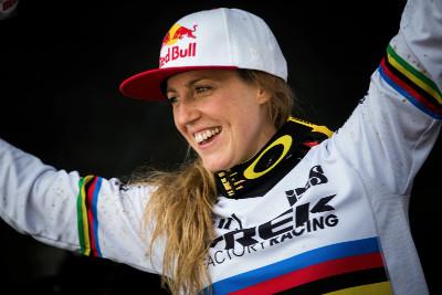 Rachel Atherton vyhrála 10. závod Světového poháru v řadě