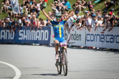 Jenny Rissveds poprvé vyhrává závod světového poháru v elitní kategorii žen