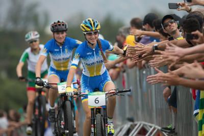 Yana Belomoina míří na závodiště