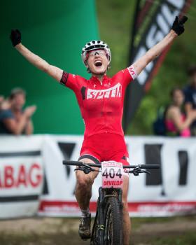 Barbora Průdková slaví vítězství v pohárovém závodě i titul ve své kategorii