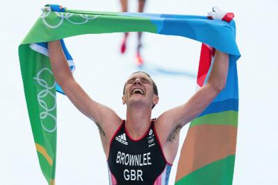 Alistair Brownlee slaví olympijské zlato
