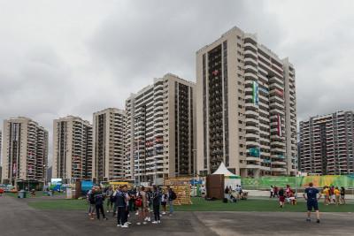 vstup do olympijské vesnice