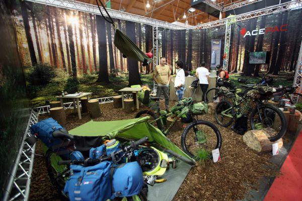 Eurobike 2016 - Acepac tvůrci expedičních brašen se blýskli lesem