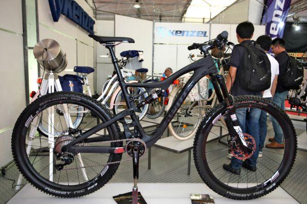 Eurobike 2016 - Slovenský Kenzel přivezl své nové karbonové endurko