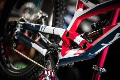 bike Aarona Gwina