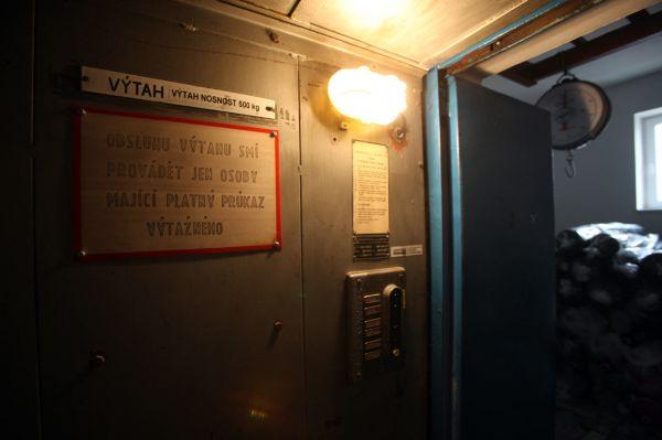 Na návštěvě v Sensoru - ve výtahu to začíná