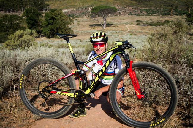 Nino se svým bikem