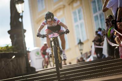 pozdější vítězka závodu žen Corina Gantenbein
