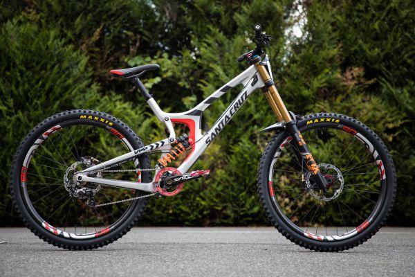 Santa Cruz V1029ER
