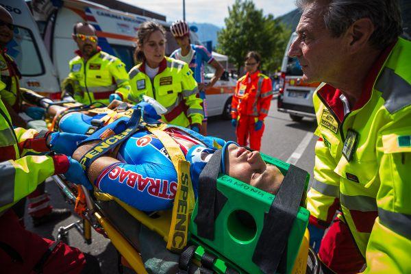 Dominik Prudek je odvážen do nemocnice