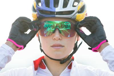 Kate Courtney na startu finálového závodu žen do 23 let