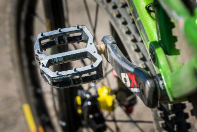 Flat pedals (skoro) win medals