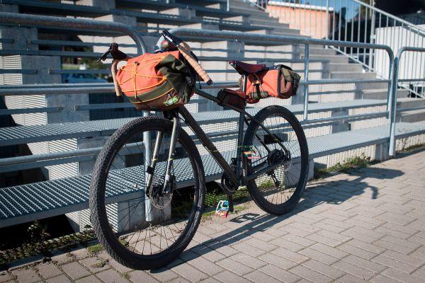 Gravel bike v expedičním provedení