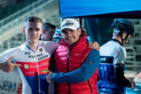 Večerní INSTA Sprint 2017 - vítěz, mistr ČR ve sprintu Jakub Kavalír a Svéťa Fořt