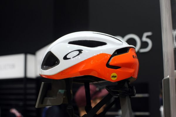 Oakley 2018 - Eurobike
