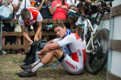 Mathieu van der Poel neměl ze třetího místa příliš radost