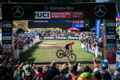 Peter Fagerhaug slaví vítězství v závodě i celkový triumf v SP