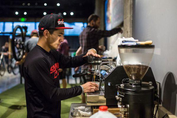 Santa Cruz factory - Bez kafe ani ránu