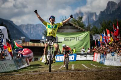 Henrique Avancini vyhrává maratonský titul
