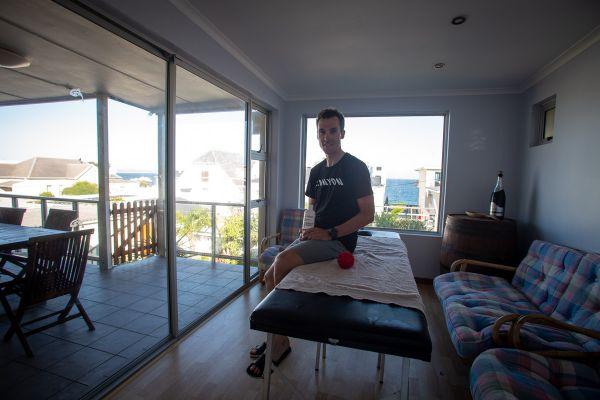 Cape Epic 2019 - Martin Stošek najíždí v JAR kiláky a také masíruje