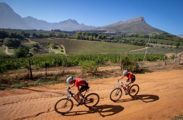 Cape Epic 2019 - Ondra Cink a Sergio Mantecon