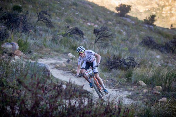 Cape Epic 2019 - Petter Fagerhaug si užívá traily