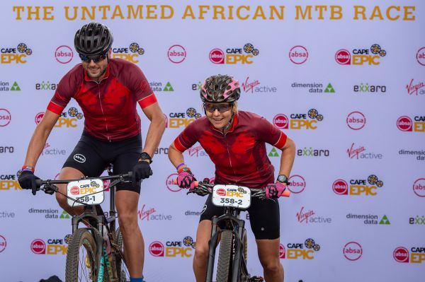 Cape Epic 2019 - Lucka a Tiaan vyráží do boje