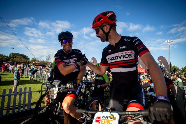 Cape Epic 2019 - Pavel a Jaroslav z Bike Teamu Sazovice