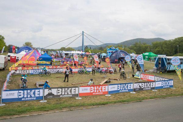 Kolo pro život 2019 -  #1 Praha Karlštejn Tour