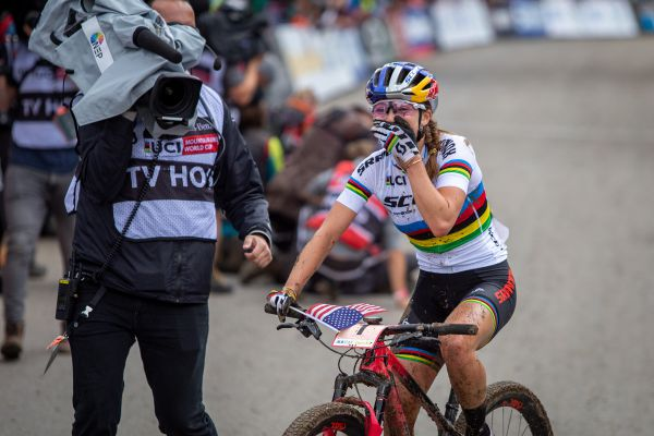 SP XCO #1 Albstadt 2019 - Kate Courtney nevěří