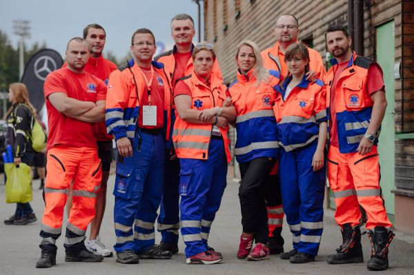 Část záchranářského týmu