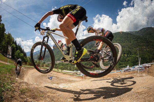 Tým Scott-SRAM si užívá první trénik ve Val di Sole