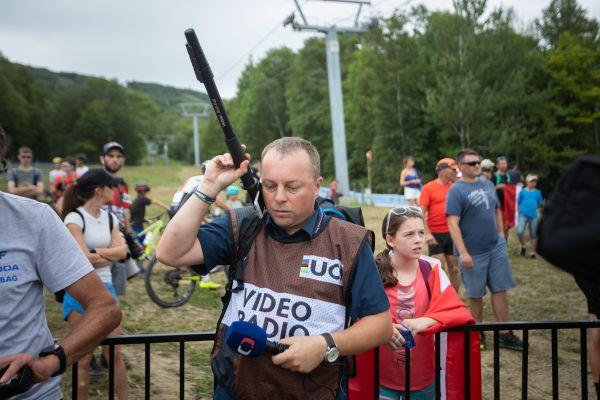 I přes technické vychytávky trápilo Českou televizi špatné spojení