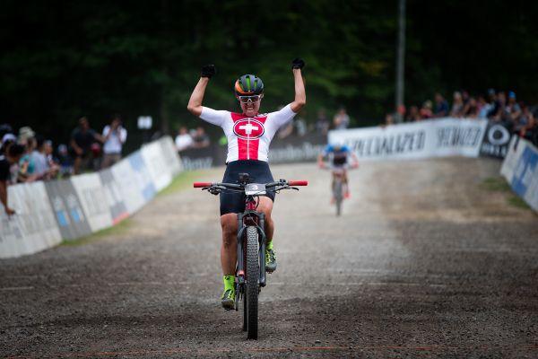 Nathalie Schneitter vítězí