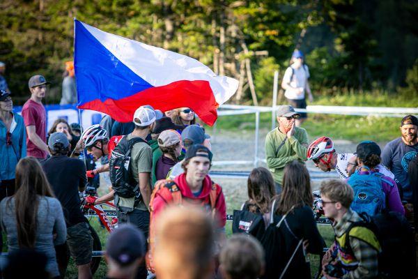 SP Snowshoe 2019 - vidět byly i české vlajky