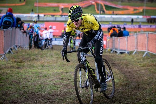 Tomáš Paprstka a jeho kolo nadoraz
